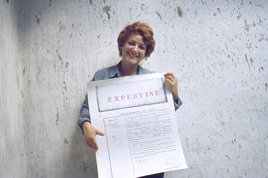 Cloti Ricciardi, Expertise. Conferma di identità, 1972, fotografia, cm 20x30