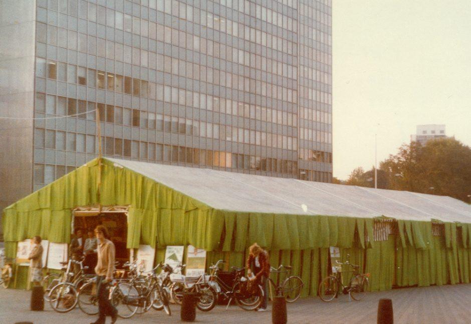 das-grune-zelt-der-grunen-dusseldorf-2-1000x688