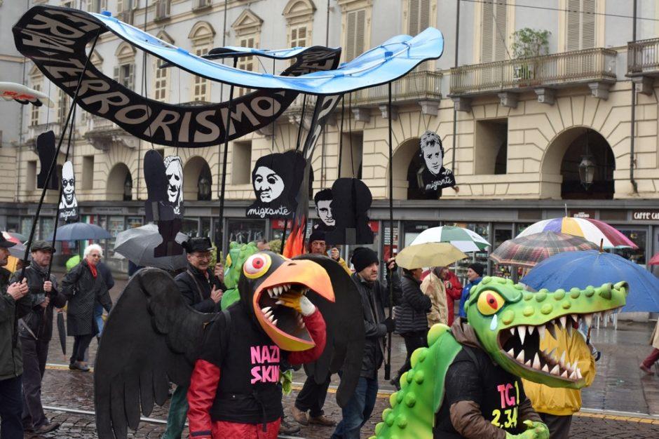 Piero-Gilardi.-Manifestazione-del-1°-maggio-2016-Torino