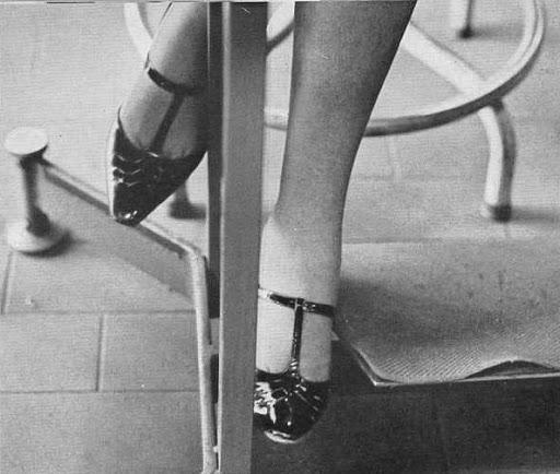 Ugo Mulas, La donna nella fabbrica - servizio realizzato alla Olivetti.